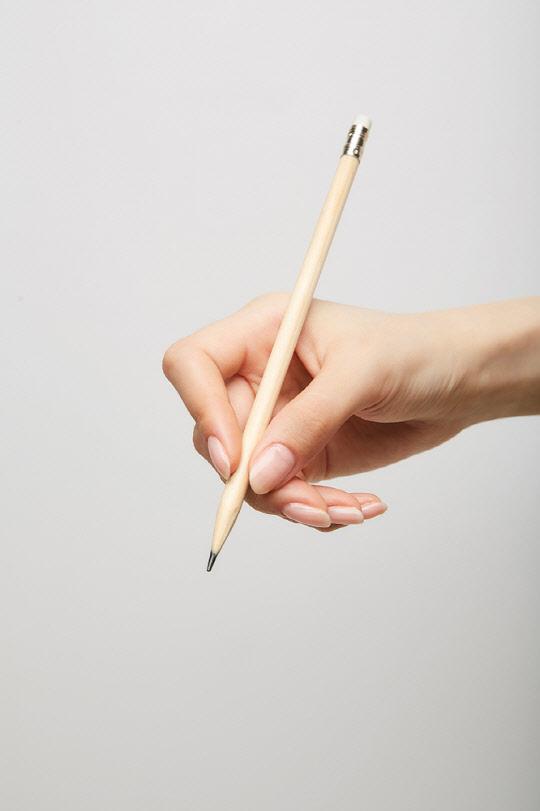 친구 엉덩이에 연필심···도 넘은 장난질 `파장`